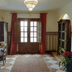 image of dining room entrance to Cortijo Las Viñas villa info